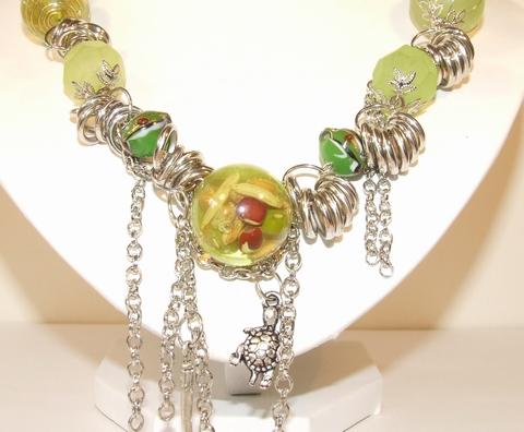 Lange trendy ketting met glaskralen groen