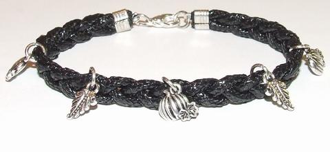 Armband veter zwart 15504 | Zwarte veterarmband met bedels