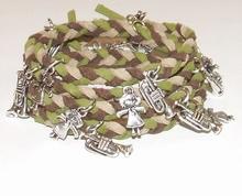 Wikkel armband met bedels groen/bruin/beige