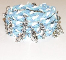 Wikkel armband met bedels turquoise/wit/blauw