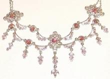 Ketting 342190 | Klassieke ketting met strass steentjes roze