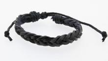 Gevlochten leren armband zwart
