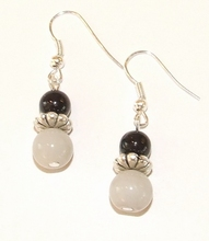 Oorbellen grijs+zwart 897 | Oorbellen zwarte+grijze kralen