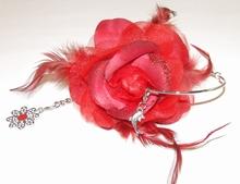 Oorbel roos 95159 | Bloemoorbel roos met bedels GTST rood
