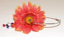Oorbel bloem 909 | Bloemoorbel MAXIMA met bedels GTST oranje