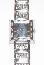 Horloge vierkante paarse wijzerplaat met strass steentjes